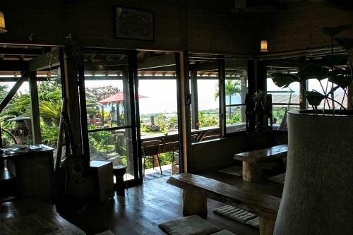 オーシャンビューの本部町海カフェ「亜熱帯茶屋」に癒しを求めて
